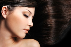 Mulheres e sua paixão por seus cabelos!