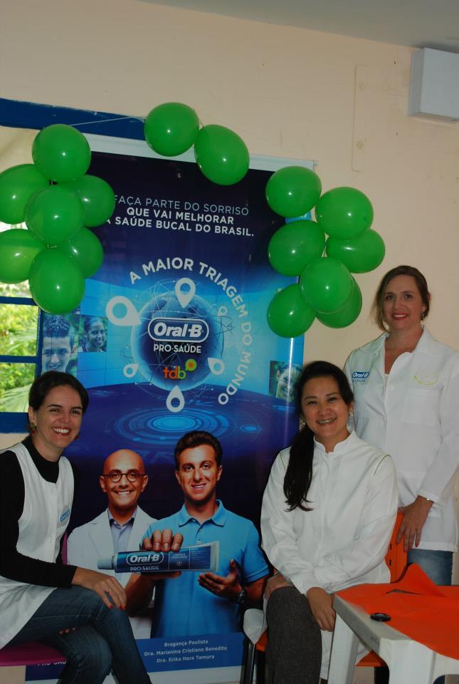 A Nina e voluntárias na Mega Triagem do dia 18 de março em Bragança Paulista