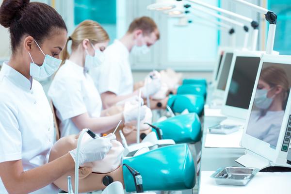 Faculdades de Odontologia